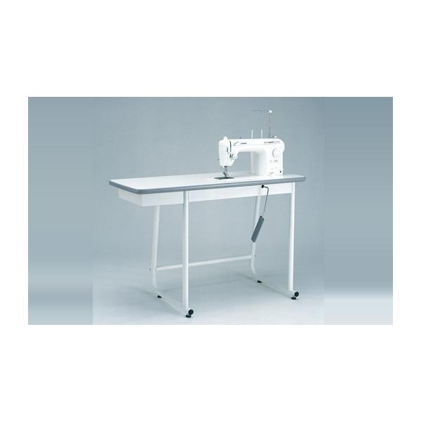 職業用ミシンの専用テーブルは、付属の補助テーブ …