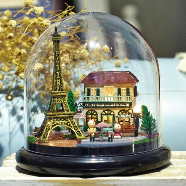 ドールハウス ミニチュア ドーム型 世界を旅するうさぎシリーズ  ( パリのエッフェル塔 )|moin-moin