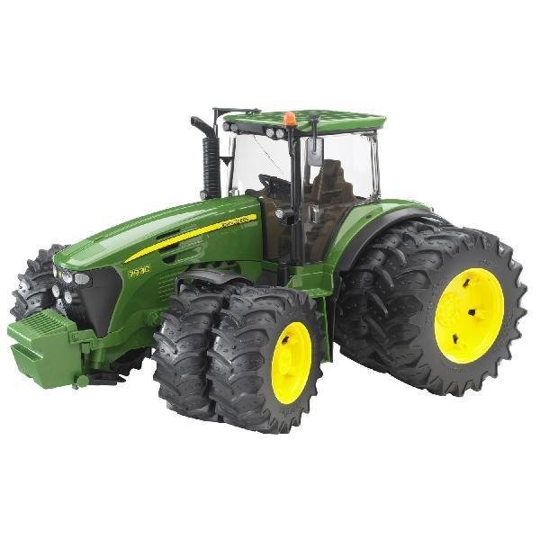 車おもちゃ農業トラクターBRUDERブルーダーJD7930Wタイヤトラクター03052