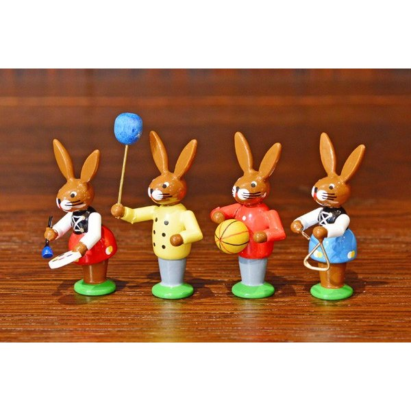 ドイツ木工芸品 イースターを楽しむウサギの子供達 イースター|motomachi-takenaka|02