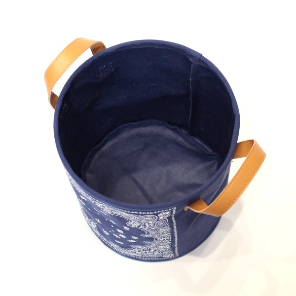 バンダナ柄バスケット ラウンドS バスケット 収納 ボックス 軽量 折りたたみ 小物入れ 見せる収納|mustyle-kobe|06