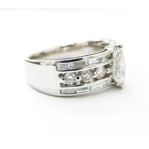 Pt900 プラチナ デザイン マーキース ダイヤ リング 指輪 11号 0.68ct 0.57ct 9.7g KA 中古 美品 Aランク 磨き仕上げ