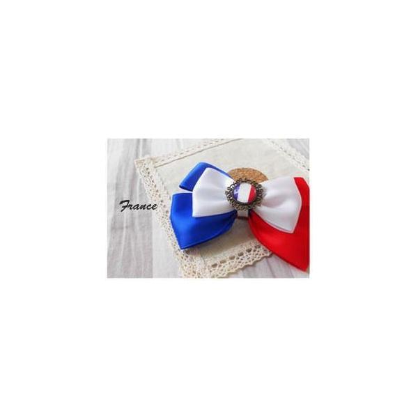 ブローチ リボン 国旗ボタン付き (フランス)