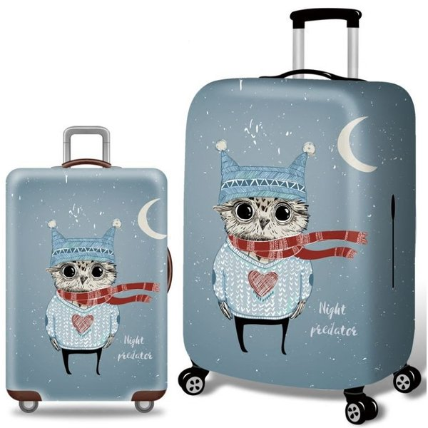 スーツケースカバー 猫耳帽子と冬の衣装を着たフクロウ 三日月 イラスト プリント (M)