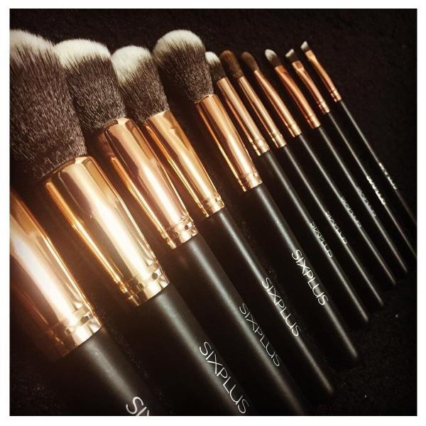 SIXPLUS 貴族のゴールド メイクブラシ11本セット ブラウン化粧ポーチ付き (貴族のゴールド)|newwaveshop|02