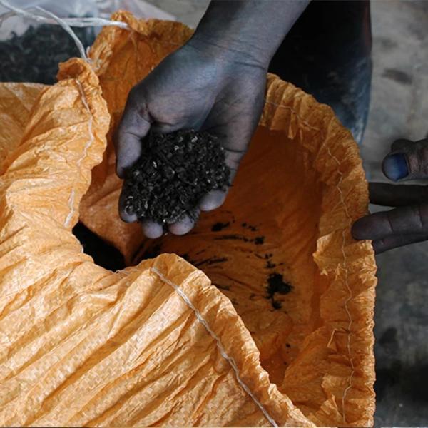 【Ainomi】本建正藍染職人がオーガニックコットンを藍で染め、手芸職人が手編み施した子供用ニット帽子|niimo|13