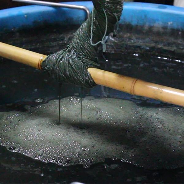 【Ainomi】本建正藍染職人がオーガニックコットンを藍で染め、手芸職人が手編み施した子供用ニット帽子|niimo|17