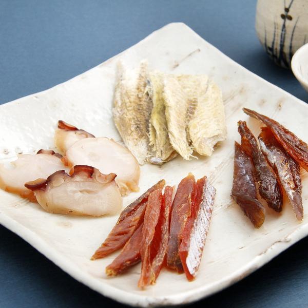 北海道珍味セット 4種 詰合せ 珍味 乾物 鮭スティック むきこまい 燻製たこ みりん鱈 おつまみ 北海道 江戸屋
