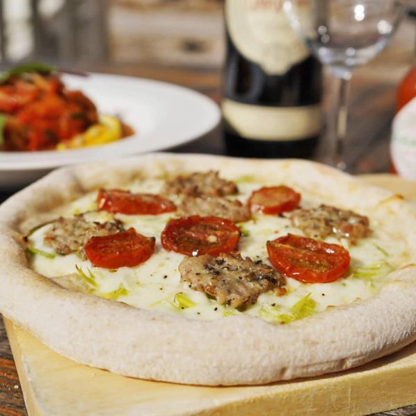 沖縄 琉球ピザ エンゾ アグー豚のサルシッチャピザ 4枚 ピザ 冷凍 島らっきょ 惣菜 pizzeria da ENZO