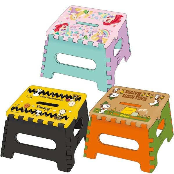 27746-48 Ys ステップチェアー小 スヌーピー プリンセス 折りたたみ 踏み台 ステップ 土台 インテリア コンパクト キャラクター 椅子 折り畳み スツール 収納