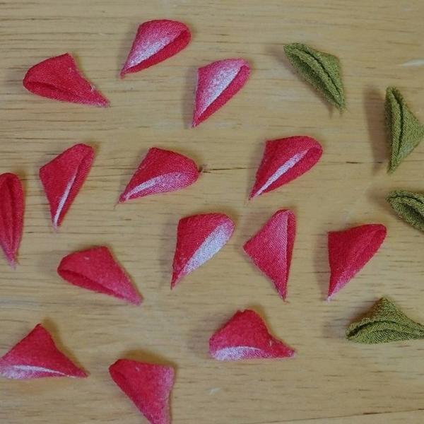 一越ちりめんで作る つまみ細工キット・お花のキーホルダー4色セット/限定販売|nunogatari|03