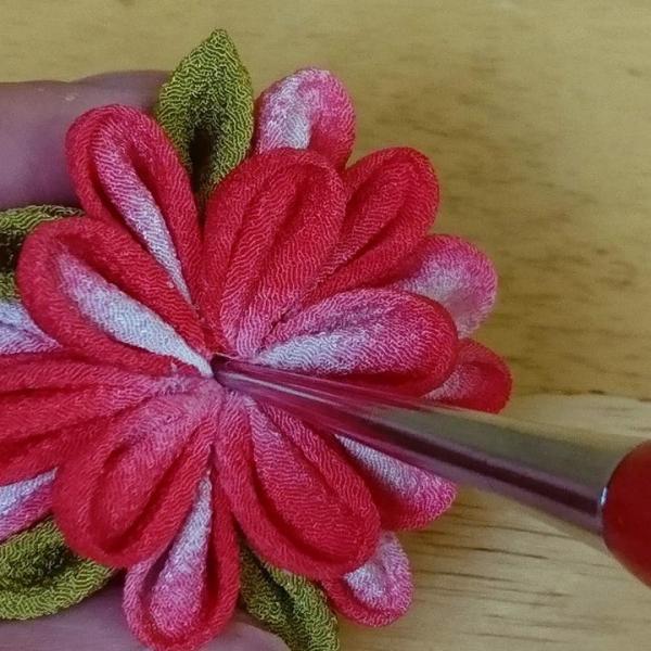 一越ちりめんで作る つまみ細工キット・お花のキーホルダー4色セット/限定販売|nunogatari|04