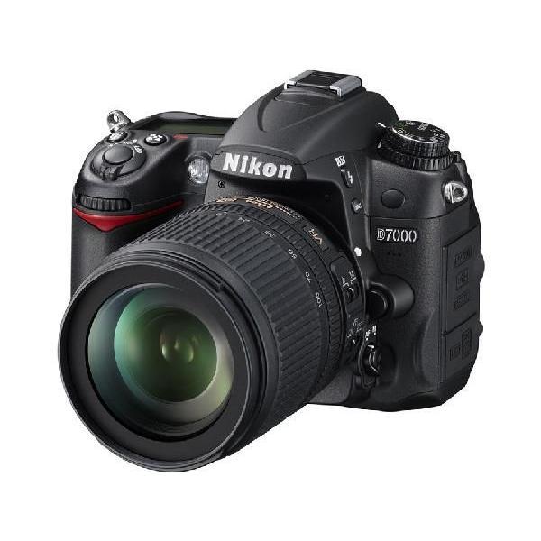 NIKON D7000 18-200 VR II レンズキット