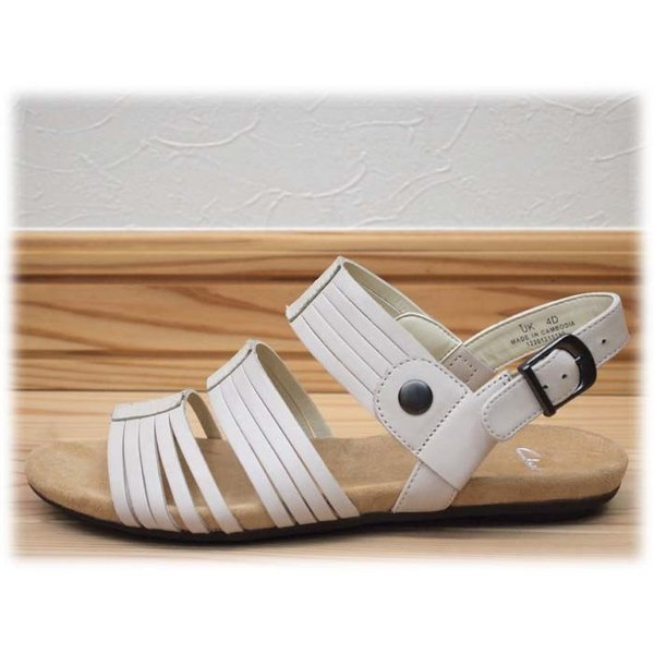 Clarks クラークス 231F アイボリー コットンレザー  訳ありアウトレット  店頭展示品 フラットサンダル レディース 靴