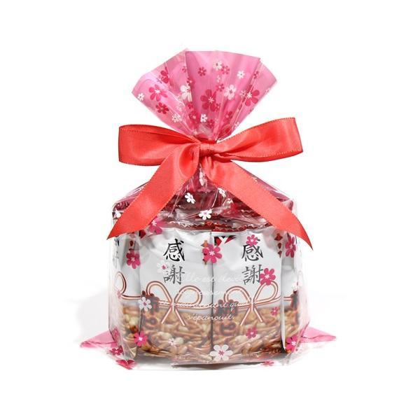 お菓子 詰め合わせ (送料無料)ヤスイフーズ 感謝柿ピー 20コ入りセット 1袋 花柄ラッピング おかしのマーチ (omtma5680k)