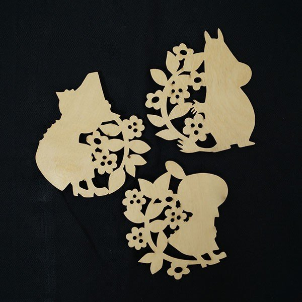ムーミン 木製コースター 北欧おしゃれな木製コースター【MOOMIN】マグカップ/コップ/グラス/リトルミイ/ミイ/スナフキン 祝い 誕生日 贈り物 退職 結婚 記念|okayulabo|03