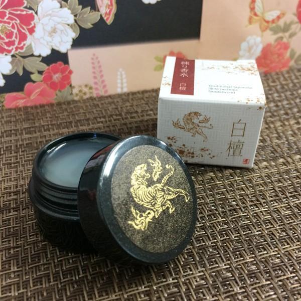 和コスメ 練り香水 白檀の香り Japanese Solid Perfume プチギフト|oraho
