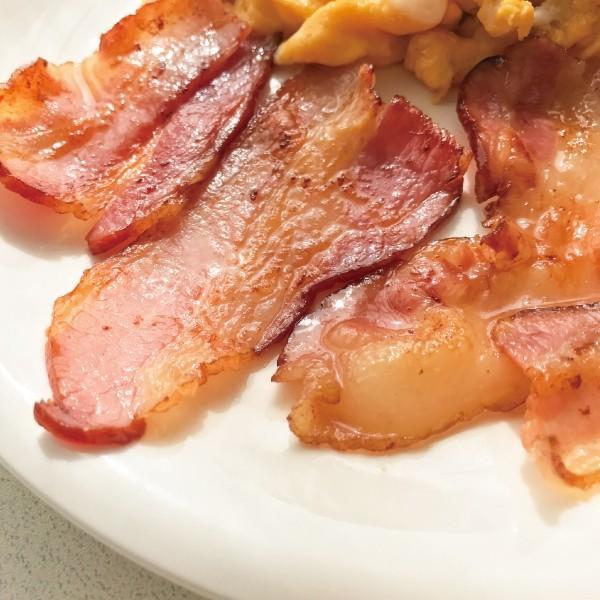 ベーコン ブロック 350g 赤味ベーコン 伊吹ハム 肉の味わい ベーコンエッグ サンドイッチに|orite|07