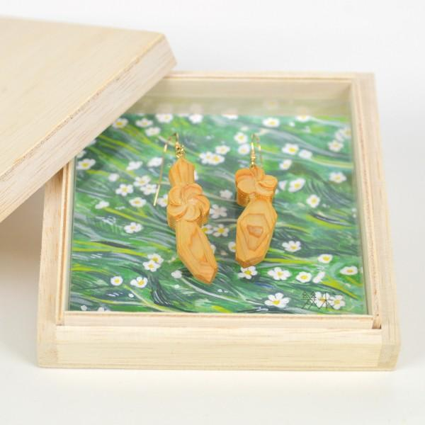 国産木材使用  木彫アクセサリー ピアス・イヤリング 梅花藻 (ヒノキ)|orite|04
