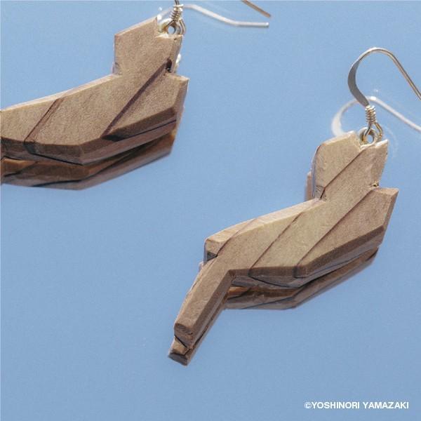 国産木材使用  木彫アクセサリー ピアス・イヤリング 琵琶湖 (スギ)|orite