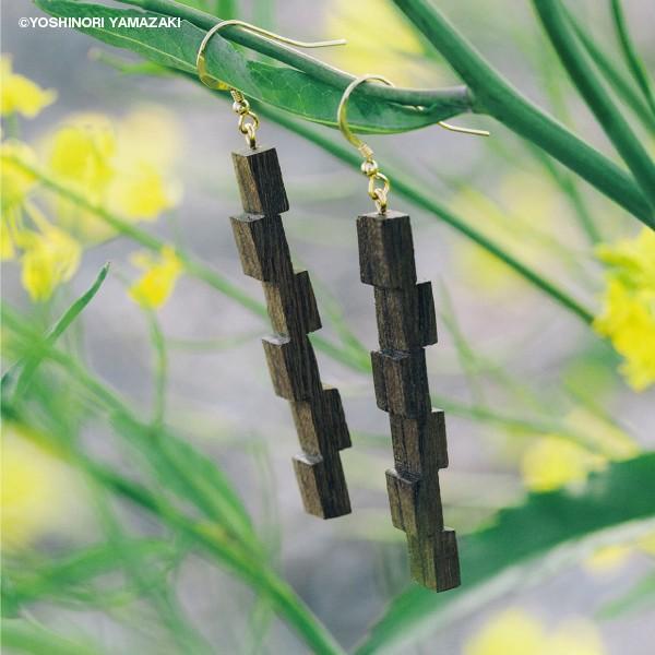 国産木材使用  木彫アクセサリー ピアス・イヤリング 田園風景 (ジンダイケヤキ)|orite