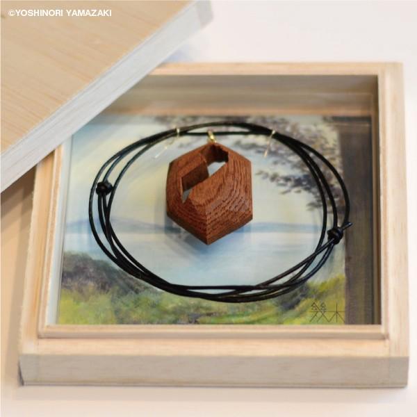 国産木材使用  木彫アクセサリー ネックレス 滋賀県 (ケヤキ) orite 02