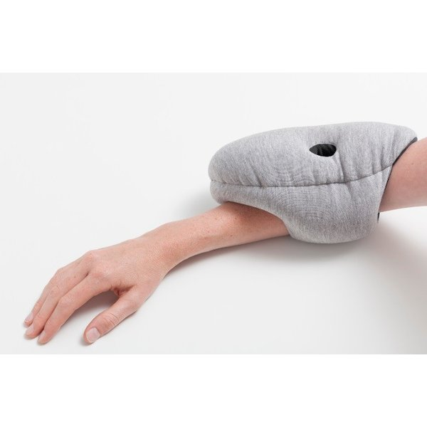 オーストリッチピロー ミニ OSTRICH PILLOW MINIトラベルピロー ネックピロー  昼寝枕 携帯用 ostrichpillow 09