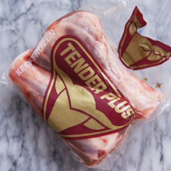 ラム肉 仔羊肉 熟成ラム 骨付きすね肉 シャンクミート 250g×2本 オーストラリア産 子羊肉 羊肉 lamb 冷凍