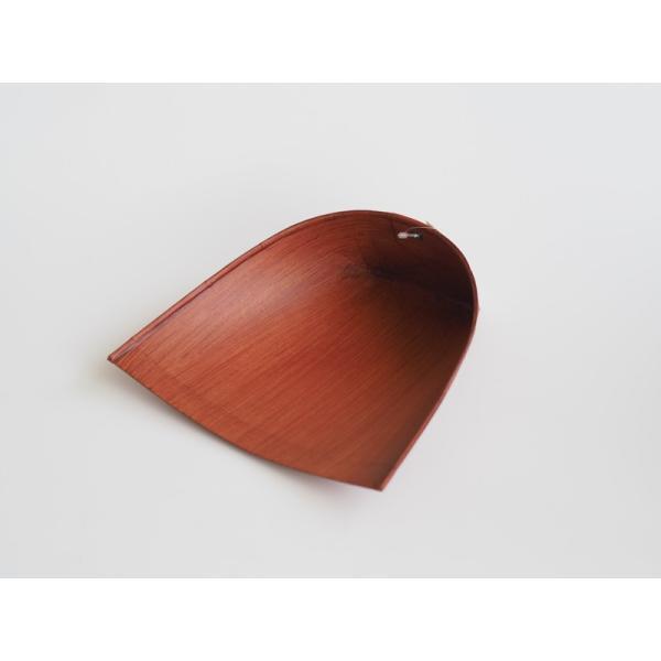 レトロな紙製ちりとり 柿渋 静電気が起きない 短柄小箒のほうきに最適 はりみ 小 穴付き 白木屋傳兵衛|ozawa-shoten