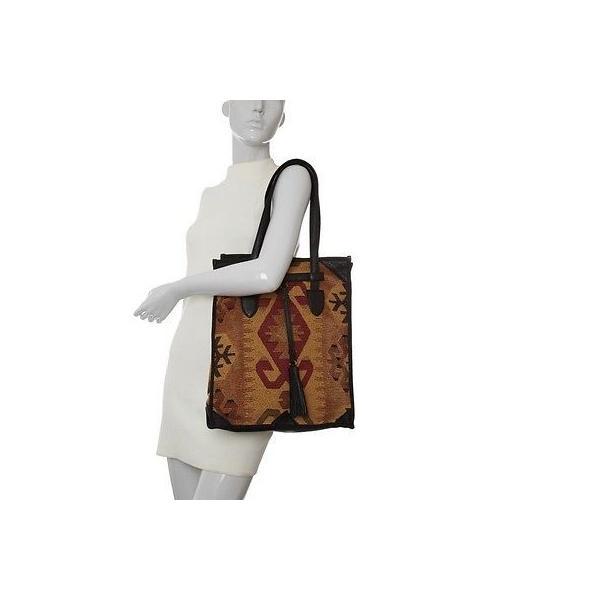 イザベラ・フィオーレ ハンドバッグ・財布 Isabella Fiore BEATRICE~ブラック~Southwestern Woven Tapestry デザイン Tote~ 250 ~