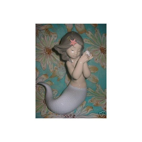 リアドロ SOUNDS OF THE SEA MERMAID GIRL ウイズ SHELL PORCELAIN FIGURE NAO BY LLADRO #1367