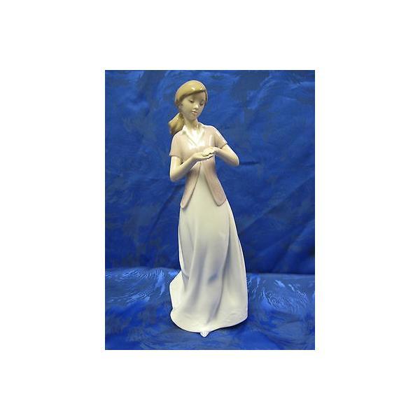 リアドロ プレゼント OF ラブ エンゲージメンズT リング PROPOSAL FEMALE FIGURINE NAO BY LLADRO #1618