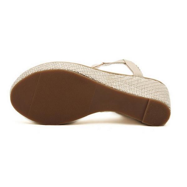 スニーカー 厚靴底
