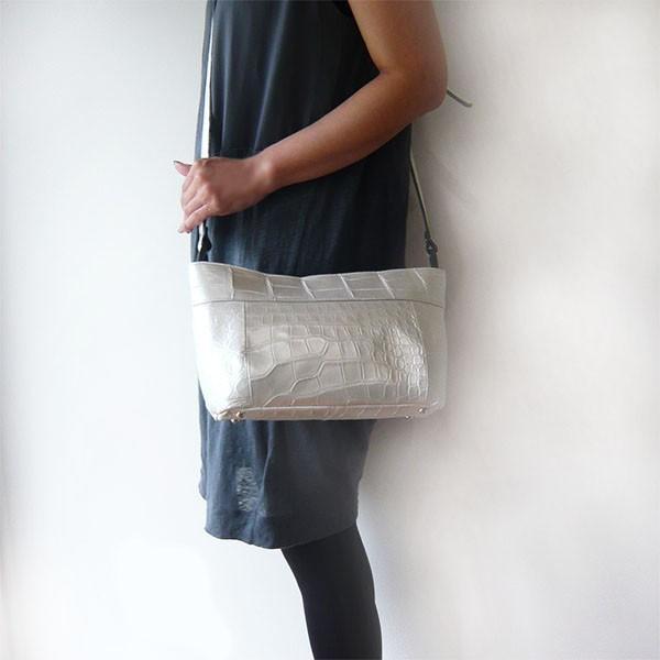 クロコダイル バッグ ショルダーバッグ パールホワイト クロコ本革 白 日本製 JRAマーク|pendant|04