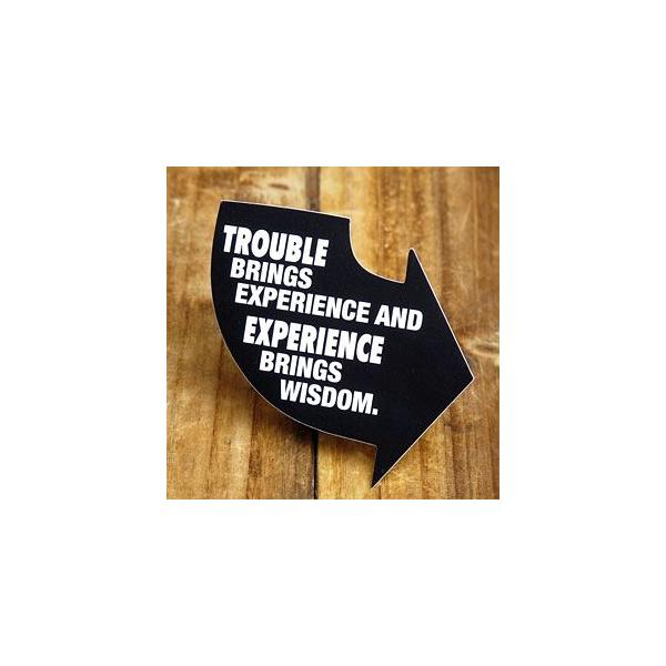 ステッカー 車 アメリカン おしゃれ バイク ヘルメット かっこいい 矢印 「苦労が経験をもたらし経験が知恵をもたらす」 メール便OK_SC-PS043-SXW