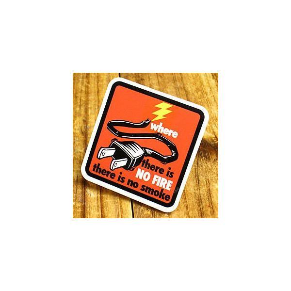 ステッカー 車 アメリカン おしゃれ バイク ヘルメット かっこいい コンセント 「火のない所に煙は立たぬ」 メール便OK_SC-PS088-SXW