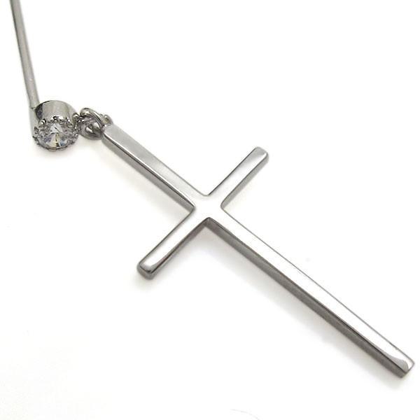 プラチナ ダイヤモンド ピアス クロスピアス 十字架 レディース 揺れるピアス