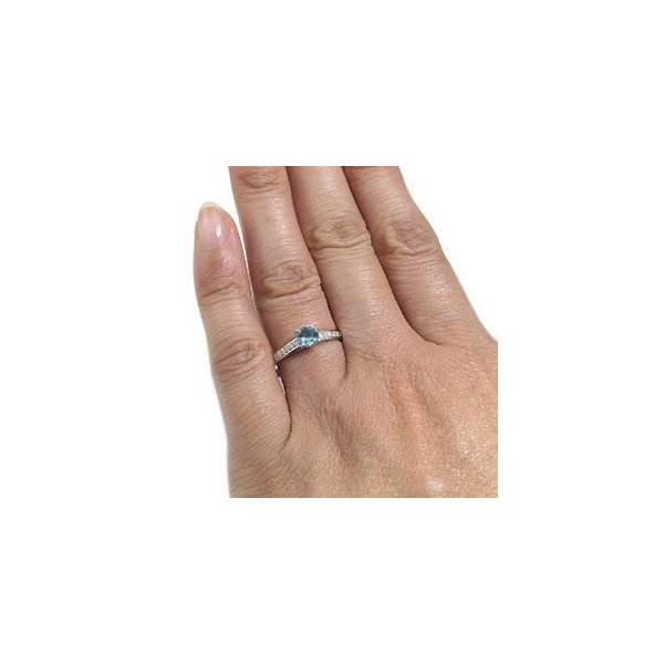 プラチナ ハーフエタニティー 指輪 アクアマリンサンタマリア リング
