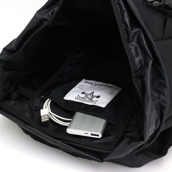 リュックサック THRASHER スラッシャー フラップ リュック バックパック デイパック かぶせリュック スケボーリュック メンズ レディース 男女兼用 送料無料
