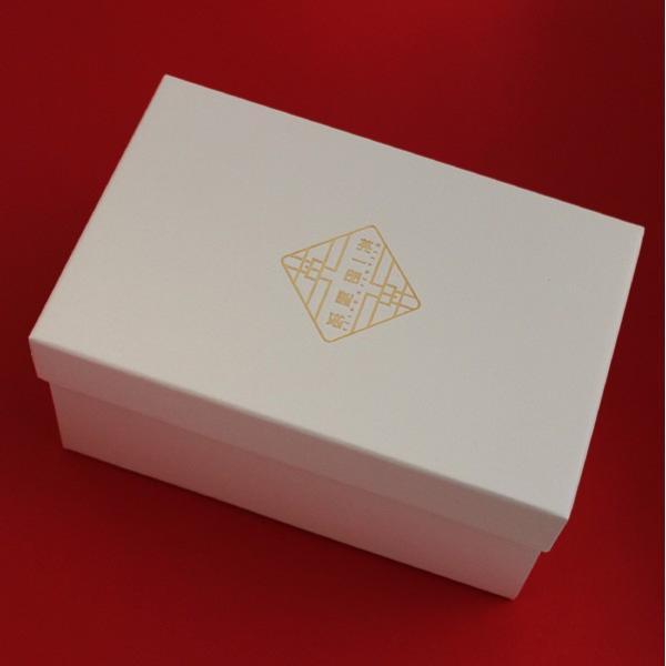 とっくり&おちょこエッグセット - 白磁カップ 小鉢 波佐見焼の窯元がルーツ - 英一郎製磁|product-factory-jp|04