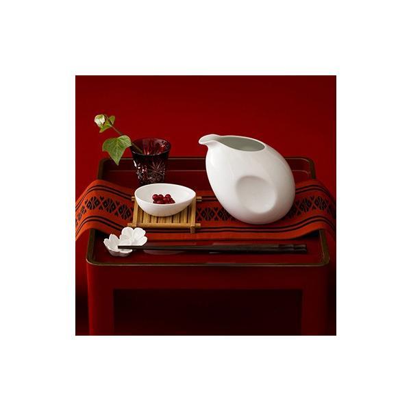 箸置き さくらの花 2個セット - おしゃれ陶器プレゼントに 白磁 波佐見焼の窯元がルーツ - 英一郎製磁|product-factory-jp|03