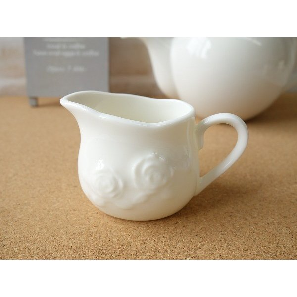 適量70cc(3人用)おしゃれなバラの彫刻のミルククリーマー(小)ミルクポット ミルクピッチャー 陶器 通販 ソースポット ソース入れ キャッシュレス5%還元|puchiecho