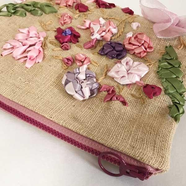 フラットポーチ タイコットン リボン刺繍