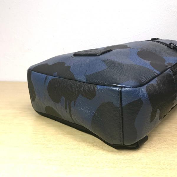 美品 COACH / コーチ キャンパス パック プリンテッド ペブル レザー 72059 メンズ ボディバッグ 人気