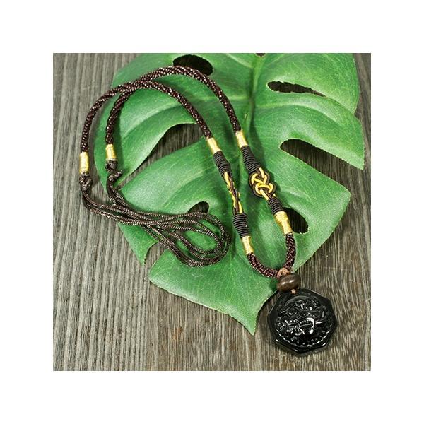 一点物 風水 貔貅(ヒキュウ) 彫刻 ブラックオニキス 中国紐 ネックレス 長さ調整可能|天然石 メール便対応可