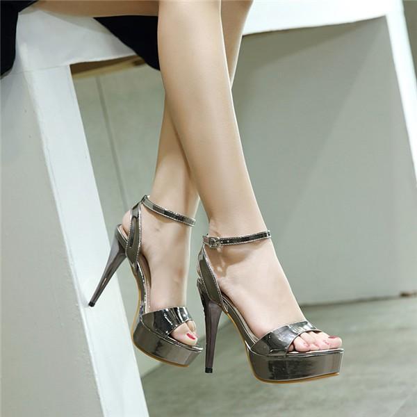 サンダル レディース シューズ 夏 靴 ミュール 女性 ヒール 美脚 おしゃれ 通勤 透明 ハイヒール 歩きやすい 20代 30代 40代