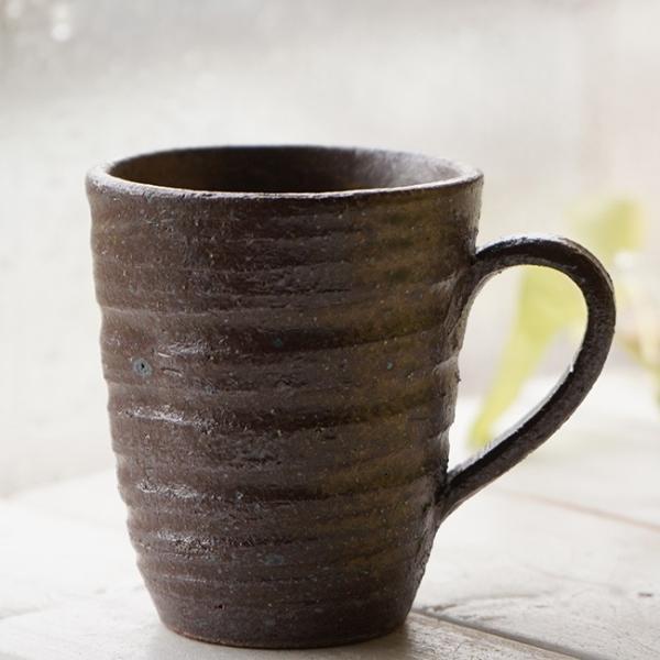 和食器 松助窯 職人の手でそーっと!くぼませたマグカップ カフェ 美濃備前釉オフィス コーヒー おしゃれ 紅茶 器 皿 美濃焼 陶器 食器 手づくり