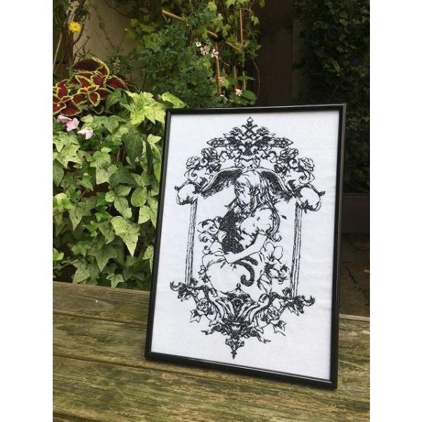 魔女の家 エレンの日記 額装刺繍|riffleshuffle