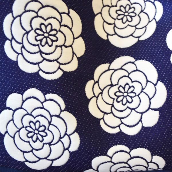 ほにや ぽんぽん菊柄 紺地に白いぽんぽん菊 ランチトート 布バッグ  イロハニホニヤ かわいい 花柄 膨れ織風