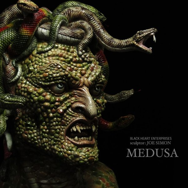 Medusa 1/1 scale 360° LED付き完成品|roswell-japan|03